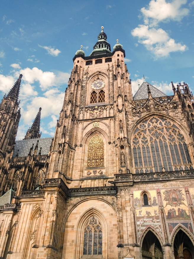 catedrala-saint-vitus.jpg