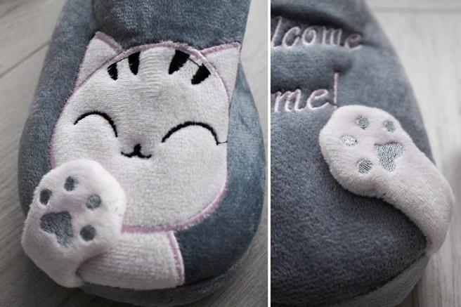 slapi papuci de casa cu model in relief pisicuta labuta pisica dragalas gri roz