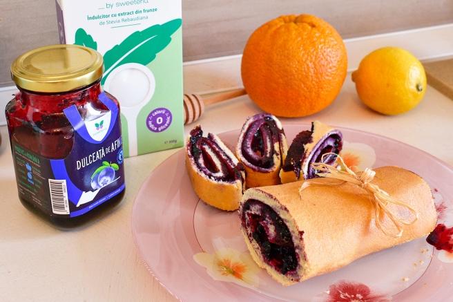 Dulceata de afine si Dulcisor sweeteria fara zahar adaugat desert rulada