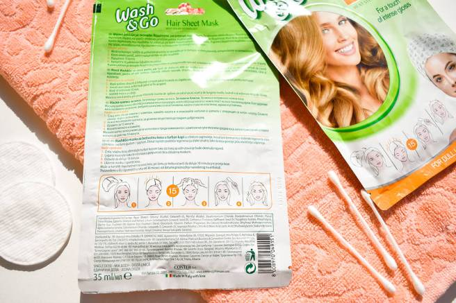 cat timp se aplica o masca de par wash and go