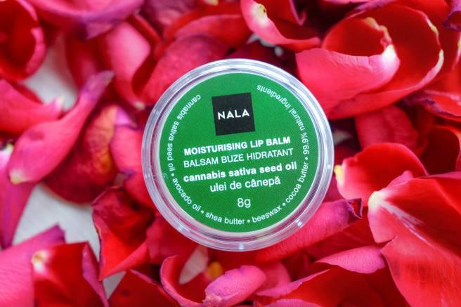 balsam-de-buze-intens-hidratant-cu-canepa.jpg